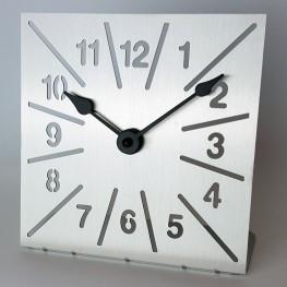 Nerezové hodiny NER104